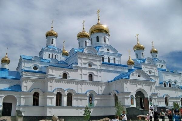 Замовити паломницький тур по Україні