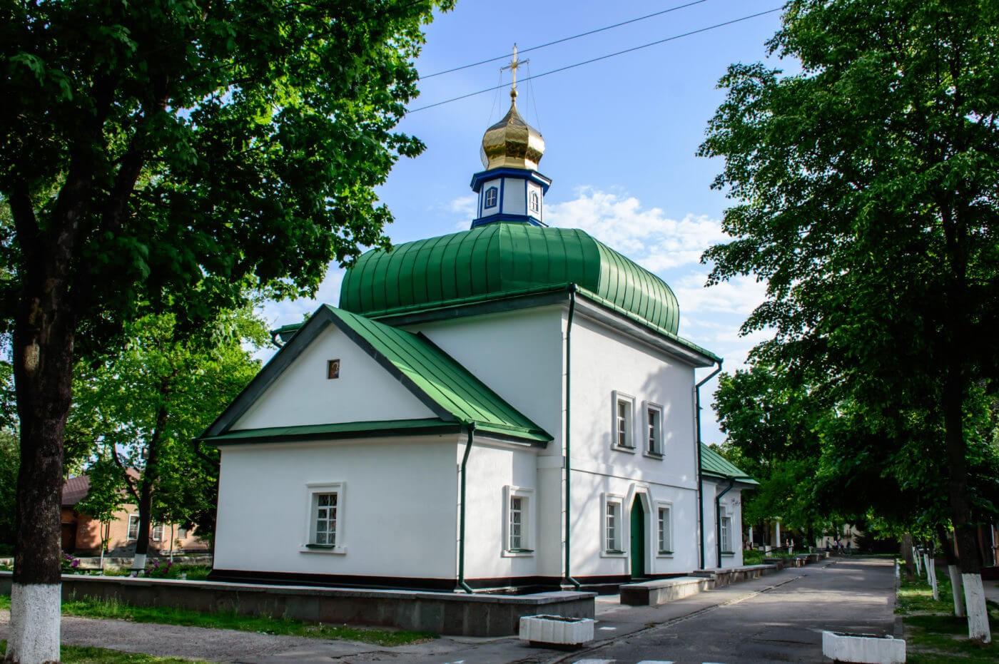 Спаська церква.